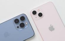 """Ngày đầu mở bán chính thức tại Việt Nam: iPhone 13 Pro Max màu xanh """"cháy hàng"""", bản màu hồng không đủ để giao cho khách"""