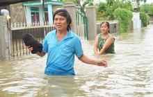 """Ảnh: Lũ nhấn chìm nhiều khu dân cư ở Tam Kỳ, người dân """"bỏ của chạy lấy người"""" vì nước lên nhanh"""