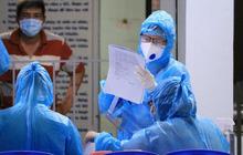 Ngày 25/10, hơn 74 triệu liều vắc xin đã được tiêm, 14 tỉnh thành không có ca lây nhiễm thứ phát trên địa bàn trong 14 ngày qua