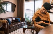 """Thay đổi lối sống, vợ chồng stylist chi 300 triệu """"độ"""" lại căn hộ ở Sài Gòn theo phong cách Mid-century Modern cực chất"""