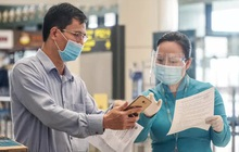 Hành khách đi máy bay cần điền thông tin theo mẫu mới