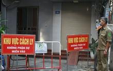 Ảnh: Phong toả Toà án huyện và nhiều địa điểm ở Hà Nội sau ca mắc Covid-19