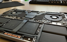 """""""Mổ bụng"""" nhanh MacBook Pro 14-inch và 16-inch"""