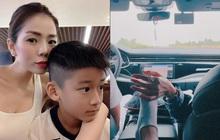 """Lệ Quyên đưa Lâm Bảo Châu du lịch chung với con riêng 10 tuổi: Khăng khít thế này thì mau """"chốt đơn"""" cưới vội!"""