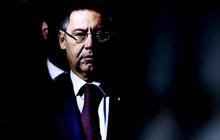 """Nóng: Cảnh sát bắt giữ cựu Chủ tịch Bartomeu và 4 quan chức Barca, tìm chứng cứ về """"chiến dịch bôi nhọ Messi"""""""