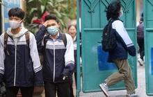 Chùm ảnh: Học sinh Hà Nội đeo khẩu trang kín mít sau 1 tháng nghỉ dịch, chạy vội vào lớp do đi học muộn