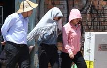 Người Sài Gòn đối diện với nắng nóng gay gắt kéo dài 4 ngày