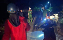 Truy tìm kẻ đâm trọng thương người phụ nữ chạy xe máy trong đêm