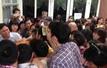 """Tuyển sinh lớp 6 trường """"hot"""" ở Hà Nội: Học sinh, phụ huynh phát sốt"""