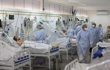"""Biến chủng SARS-CoV-2 đẩy Brazil vào """"cơn ác mộng không hồi kết"""""""