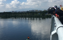 Cứu kịp thời nam thanh niên nhảy cầu ở Đà Nẵng vì buồn chuyện gia đình