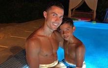 Điều Ronaldo sợ nhất ở con trai