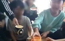 """Cô giáo đăng clip học sinh lớp 9 cầm bia hô """"1,2 ,3, zô"""" lên Facebook"""