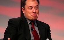 """Trở thành người giàu thứ 2 thế giới nhờ xe điện và tên lửa, nhưng ít người biết Elon Musk còn kiếm lời từ những sản phẩm """"trời ơi đất hỡi"""" này"""