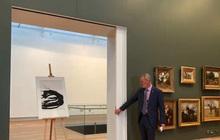 """""""Bỏ xó"""" 45 năm trong ngăn kéo, bảo tàng """"tá hỏa"""" phát hiện bức tranh quý, trị giá hàng triệu đô"""