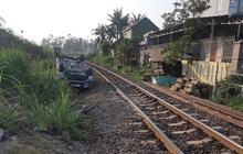 Tàu hỏa tông ô tô ở Quảng Ngãi: Công an làm việc với nhân viên gác chắn