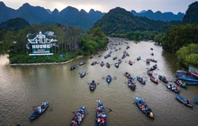 Từ ngày 13/3, chùa Hương chính thức mở cửa đón khách