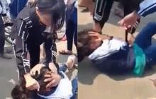 Mâu thuẫn facebook, học sinh Hà Nội đánh, giật tóc nhau