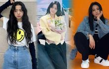 """Học nhanh Jisoo vài chiêu diện jeans thật xinh, vừa đơn giản mà chuẩn """"bánh bèo"""" Hàn Quốc"""