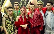 """Thảm đỏ Rap Việt Concert: Dế Choắt và dàn thí sinh Rap Việt đổ bộ, MCK nói 1 câu gây """"đỏ mặt"""",Trương Thế Vinh bối rối khi bị nhắc đến Thuý Ngân!"""