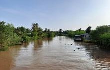 Ba học sinh lớp 8 tắm sông, hai em đuối nước tử vong