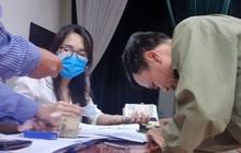 """Tận thấy cảnh thu tiền """"chênh"""" làm căn cước công dân gắn chíp ở Hưng Yên"""