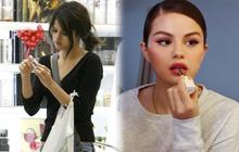 """Selena Gomez bỗng bị """"đào mộ"""" khoảnh khắc mua mỹ phẩm 10 năm trước, câu chuyện phía sau cũng thú vị chẳng kém!"""