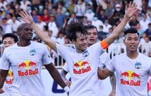 Báo Thái phát cuồng với chiến thắng kịch tính của HAGL trước Nam Định, ấn tượng với HLV Kiatisuk