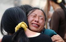 """Mẹ già qua đời đã 8 năm, con gái sốc khi nhận cuộc gọi hé lộ """"món quà"""" mà mẹ đã giấu kín khiến đời cô bất ngờ sang trang"""