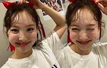 """Netizen Hàn phát hoảng vì ảnh mới của Nayeon (TWICE): Lỗi tại điệu cười hay lớp makeup """"phản chủ""""?"""