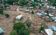 Số người chết do lũ lụt và sạt lở đất ở Indonesia tiếp tục tăng
