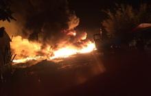 """Cháy bãi phế liệu """"khủng"""" gây náo loạn khu dân cư ở Tiền Giang"""
