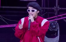 """""""Trùm cuối"""" Sơn Tùng M-TP xuất hiện tại Diana Pink Fest, làm cả sân vận động vỡ òa với loạt hit """"ngầu đét"""""""