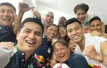 Cầu thủ HAGL nổ tưng bừng sau chiến thắng: Văn Toàn mắng Công Phương tham, Minh Vương đòi có 10 người yêu