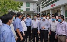 Bộ trưởng Bộ Y tế: Chuẩn bị kịch bản lập bệnh viện dã chiến tại Hà Tiên (Kiên Giang)