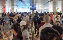 """Trong 1h có 2.400 hành khách kiểm tra an ninh, sân bay Tân Sơn Nhất """"bất lực"""" vì vượt quá năng lực khai thác"""