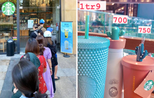 """""""Đầu cơ"""" cốc Starbucks là có thật: Hội nhóm nhộn nhịp kẻ mua người bán, giá gấp 4 lần vẫn """"rẻ quá""""!"""