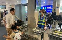 Sân bay Tân Sơn Nhất lắp đặt thêm 5 máy soi chiếu an ninh để tránh ùn ứ hành khách