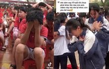 Video: Hơn 1.000 học sinh khóc nức nở giữa sân trường, một nữ sinh đang đứng bỗng cúi rạp người xuống