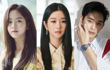 """Baeksang 2021 gây tranh cãi: Seo Ye Ji dẫn đầu bất chấp phốt, Kim Soo Hyun - Song Joong Ki bị nam phụ Start Up cho """"ngửi khói"""""""