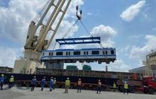 Thêm 6 toa tàu Metro số 1 vừa về đến TP.HCM từ Nhật Bản