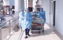 Bệnh viện K bị phong tỏa: Bệnh nhân và người nhà đều bình tĩnh, đoàn kết, lạc quan