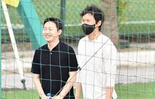 """Chuyên gia 9x của CLB Hà Nội bất ngờ """"thị sát"""" đội tuyển Việt Nam tập luyện"""