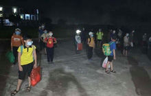 Học sinh lớp 6 tại Nam Định dương tính với SARS-CoV-2, 32 bạn cùng lớp đi cách ly ngay trong đêm