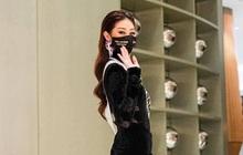 """Khánh Vân khiến netizen """"hố hàng"""" khi diện trang phục được cho là của Bán kết... đi ăn tối"""