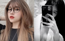 """Streamer Thủy Tiên khiến fan """"đứng ngồi không yên"""" khi khoe vòng một lấp lửng, gợi cảm trong áo choàng tắm"""