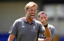 """Sử dụng """"chim mồi"""", Liverpool lừa fan MU gây rối một vố đau"""
