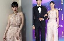 """Hai mỹ nhân SNSD """"chiến nhau"""" khi đụng hàng: Yuri quá nóng bỏng với làn da ngăm, Taeyeon lộng lẫy như công chúa"""
