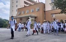 267 sinh viên trường Đại học Kỹ thuật Y tế Hải Dương lên đường chi viện Bắc Giang, Bắc Ninh