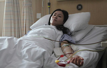 Em gái hứa hiến tủy nhưng đột nhiên biến mất ngay ngày phẫu thuật, chị may mắn vượt qua cửa tử mới phẫn nộ khi biết nguyên nhân